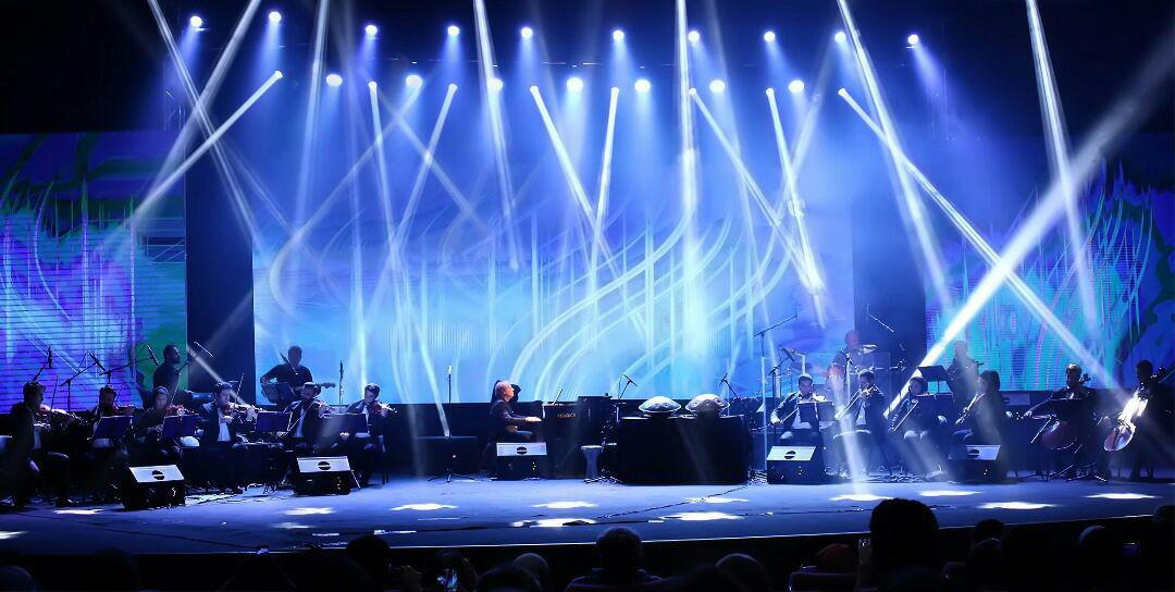 Richard Claydeman hold first Iranian Concert